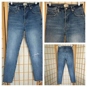 Free People High Waisted Button Fly Jeans SZ 27